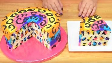 Spójrz na ten piękny tort! Dasz wiarę, że jest bardzo łatwy w wykonaniu? Przedstawiamy prosty przepis!