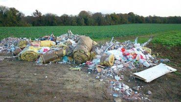 mayor-turned-garbage0
