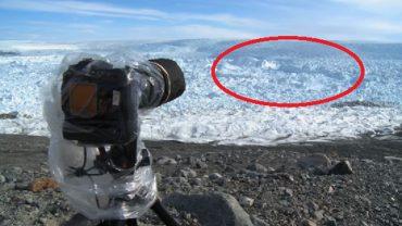 Podziwiali grenlandzki krajobraz, gdy nagle od lodowca oderwał się kawał lodu wielkości Manhattanu! Ten widok zapamiętają do końca życia