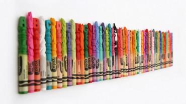 Zobacz, co ten artysta zrobił z pudełkiem kredek i ołówków! Niesamowite!