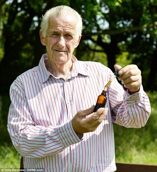 Mężczyzna wyleczył powracającego raka, używając... oleju z konopi!