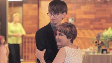 Rzeczy, które matka zrobi dla swojego dziecka… Szalony taniec Matki i Syna
