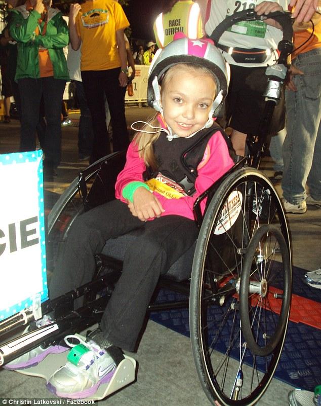 Mała baletnica tańczy... na wózku inwalidzkim!