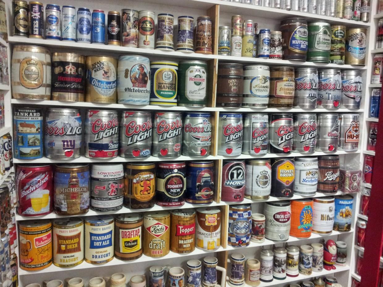 Zbiera puszki po piwie od 30 lat... Zobacz jego niesamowitą kolekcję