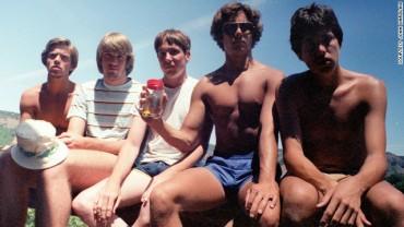 5 kumpli i świetna idea! Zobaczcie, jak zmieniali się przez 30 lat!