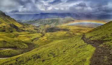 25 powodów, dla których warto odwiedzić Islandię