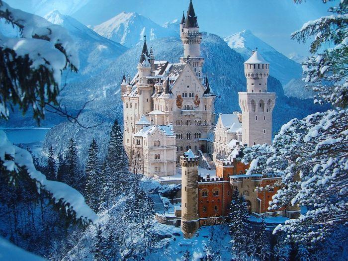 Najpiękniejsze zamki z całego świata - prawie jak z bajki! :)