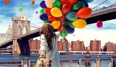 Ten facet robi niesamowite zdjęcia swojej dziewczynie, trzymając ją za rękę. WOW!