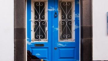 Czy to drzwi, czy to… 25 pomysłów na wejścia!