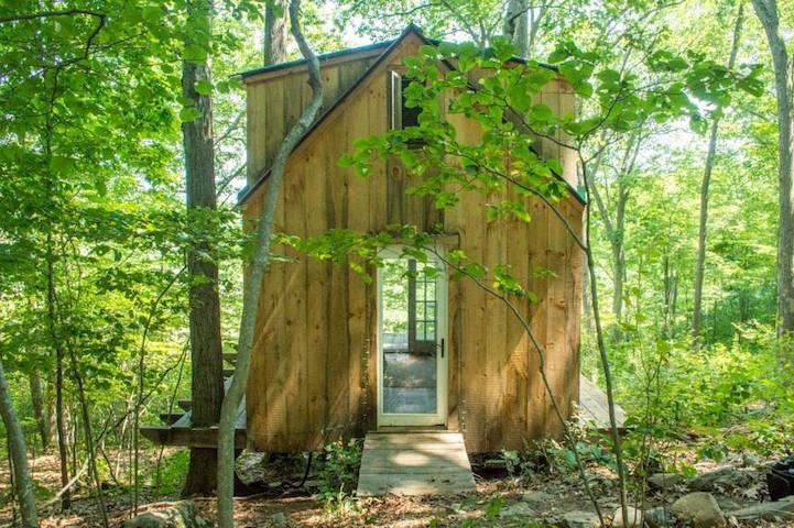 Zbudował dom swoich marzeń za 4.000 dolarów w ciągu zaledwie 6 tygodni!