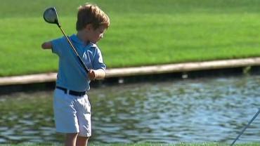 Ten 3-letni golfista jest lepszy niż większość dorosłych, a ma tylko jedno ramię!