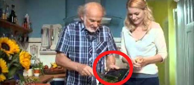 Podarowali ojcu na gwiazdkę iPada... Takiego finału się nie spodziewali!