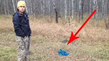 Mężczyzna w czasie spaceru po lesie znalazł dziwne zawiniątko. Kiedy zobaczył, co jest w środku, zamarł…