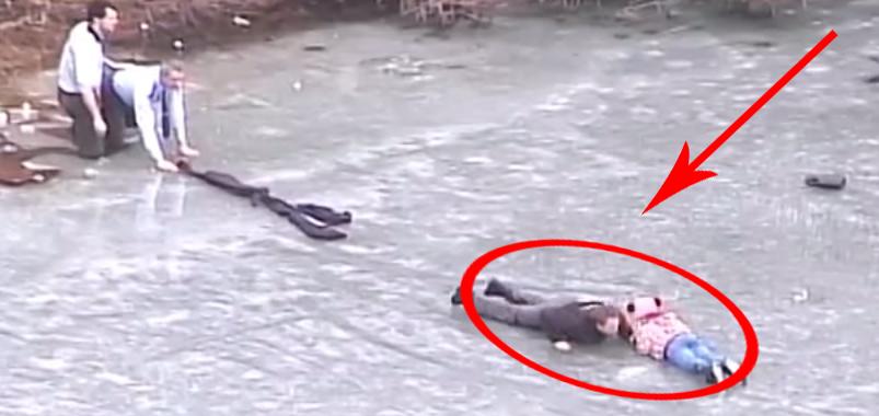 Policjanci ratują dziewięcioletnią dziewczynkę! Zobacz mrożącą krew w żyłach akcję ratunkową!