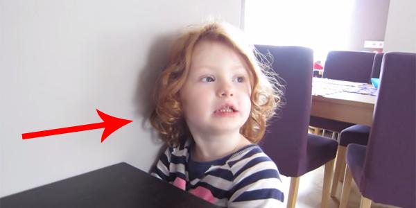 Reakcja tej dziewczynki na prośby ojca doprowadziła mnie do łez! :)
