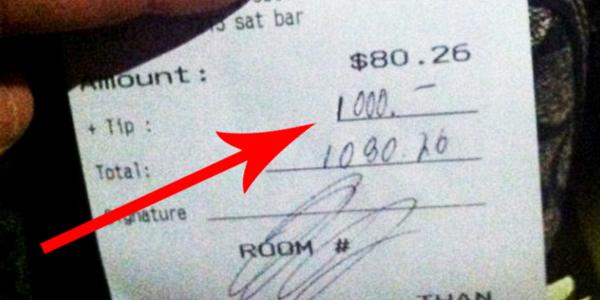 O takim napiwku marzy każda kelnerka! Te pieniądze posłużyły szczytnemu celowi!