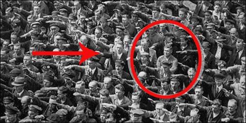 Tych 15 historycznych zdjęć pozwoli nam przenieść się do przeszłości.