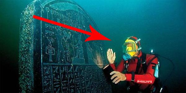 Nurkowie zeszli w głąb Morza Śródziemnego i... odkryli zaginione miasto!