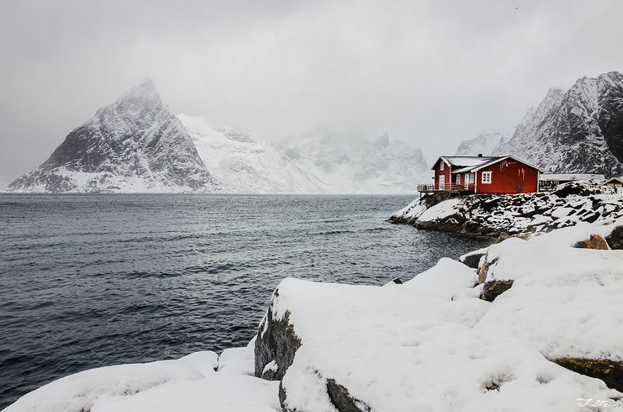 winter-houses-3__880