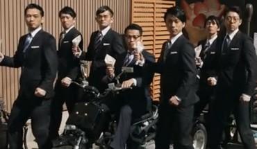 """Kreatywność Azjatów w dziedzinie teledysków muzycznych nie zna granic. Poznaj spadkobierców """"Gangnam Style""""."""