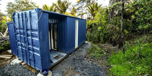 Choć nie posiadał dużych środków finansowych, zbudował dom, który zawstydził niejednego architekta! Zobaczcie, co wymyślił!