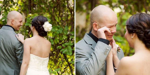 Wzruszenie przyszłych mężów na widok swoich przyszłych żon jest bezcenne...