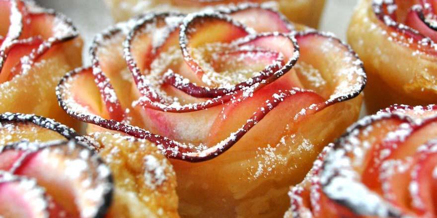 Ta róża jest w rzeczywistości pysznym deserem jabłkowym!