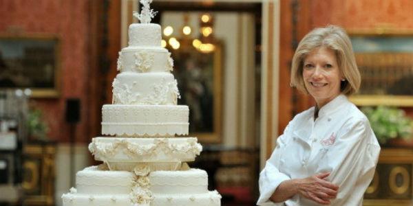 Te torty oszałamiają swoim wyglądem... i ceną. Poznaj najdroższe weselne przysmaki!