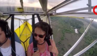 Będąc na wakacjach w Gujanie, wybrali się na przelot szybowcem. Nagle, po minucie lotu, zobaczyli coś nad swoimi głowami…
