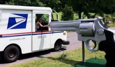 W USA ludzie tworzą designerskie skrzynki pocztowe. Przyczyna tego trendu wprawia w zdumienie!