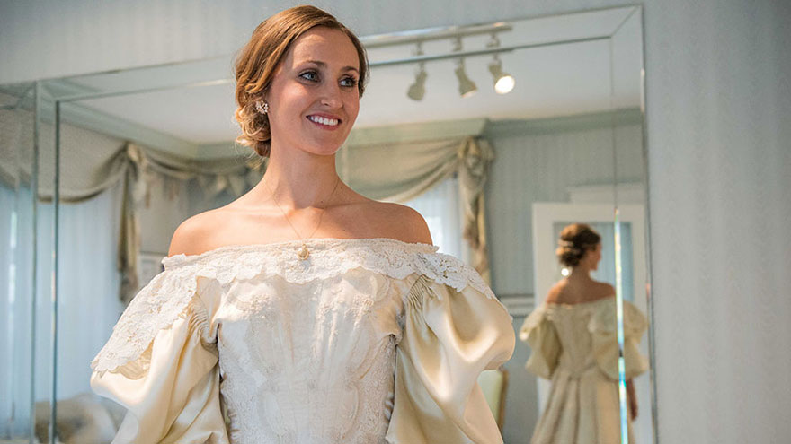 heirloom-wedding-dress-11th-bride-120-years-old-abigail-kingston-111