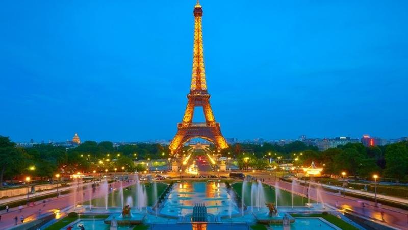 10 najbardziej romantycznych miast na walentynkowe wyjazdy