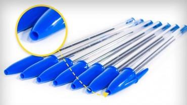 Zastanawiałeś się, dlaczego zatyczka od długopisu ma na końcu dziurkę? Nie znalazła się tam przez przypadek!