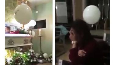 Na pogrzebie małego dziecka odrywa się od sufitu balon i leci w kierunku zrozpaczonej matki. Nie sposób wyrazić tego, co dzieje się później