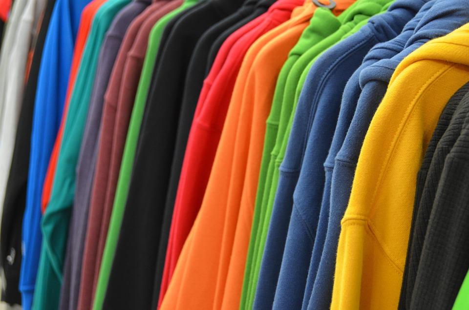 sweatshirts-428607_960_720