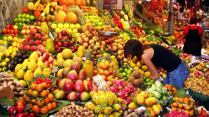 GMO Żywność modyfikowana genetycznie  — jak jej unikać? Szukaj na produktach specjalnego oznaczenia!
