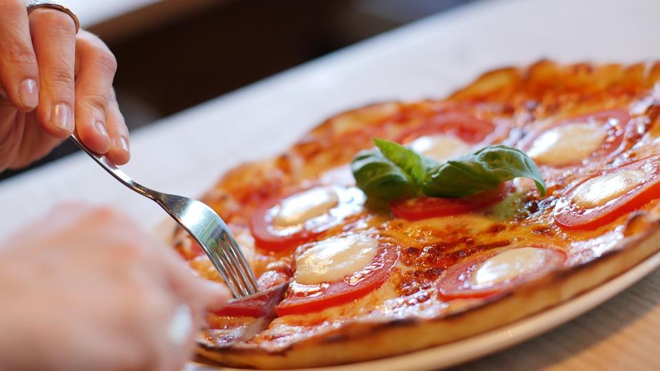 pizza-1150031_960_720
