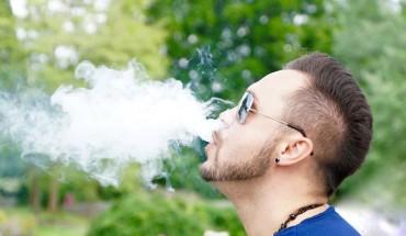 Palicie e-papierosy? Natychmiast przestańcie, gdyż zawarte w nich substancje prowadzą do nieuleczalnej choroby!