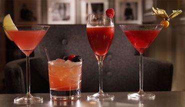 Organizujesz w weekend imprezę? Brakuje ci pomysłów na drinki? Oto napoje, które cię zainspirują