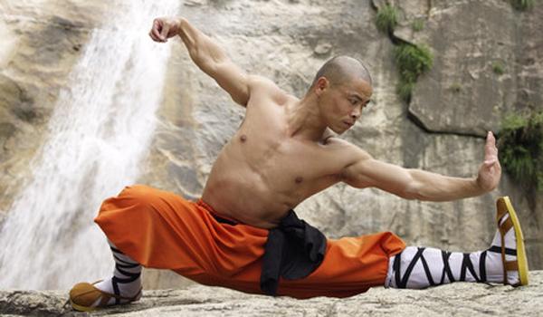 mnich male