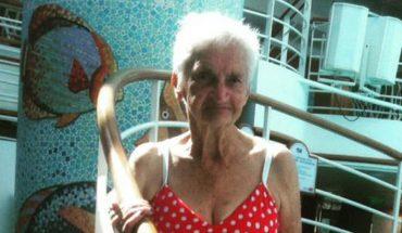 Pięknym można być w każdym wieku, o czym przekonuje urocza 90-latka w czerwonym bikini