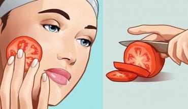 Połóż na twarz plasterek pomidora i zostaw go na godzinę. Będzie to zbawienna kuracja dla twojej skory!