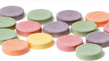 Szok! Czternastolatek przyniósł do szkoły cukierki, które okazały się być działkami metaamfetaminy!