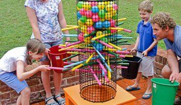 Genialne pomysły na letnie zabawy z dziećmi, nie potrzebujesz wielkich pieniędzy, by dziecko nie chciało siedzieć przed komputerem!