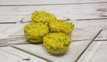 Brokułowo-kalafiorowe muffiny z serem cheddar to genialna przekąska, ale też wyśmienity składnik obiadowego talerza