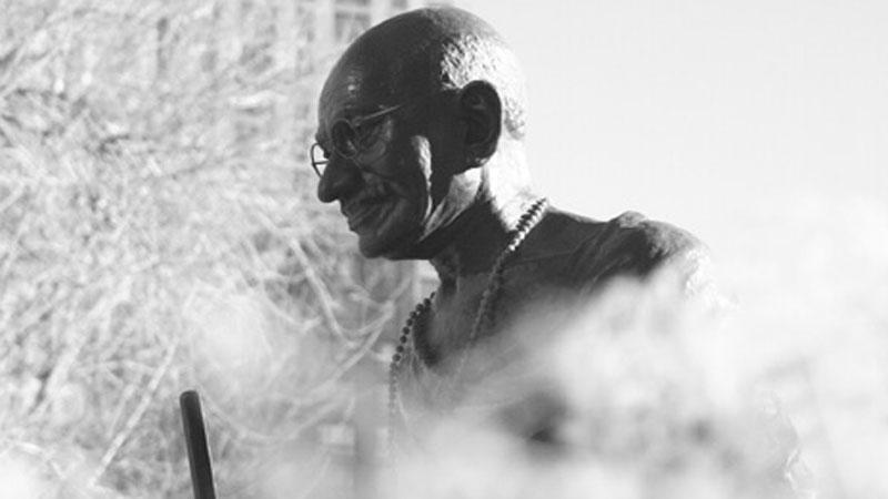 20 nauk Mahatmy Gandhiego, które wskazują drogę do osiągniecia pokoju na świecie