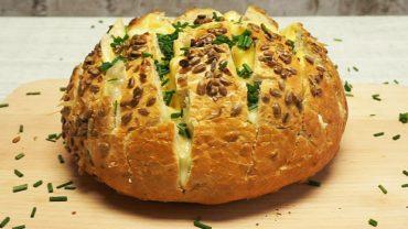 Chleb faszerowany serem i szczypiorkiem! Jak go przygotować? To łatwiejsze niż myślisz!