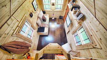 Czy budowa własnego domu musi być dużym i kosztownym przedsięwzięciem? Chris i Malissa Tuck dowodzą, że nie