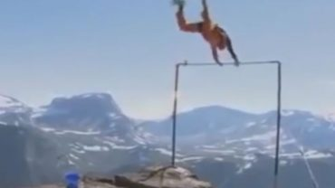 Zabawa na wysokościach to śmiertelne niebezpieczeństwo, a te nagrania są tego najlepszym dowodem