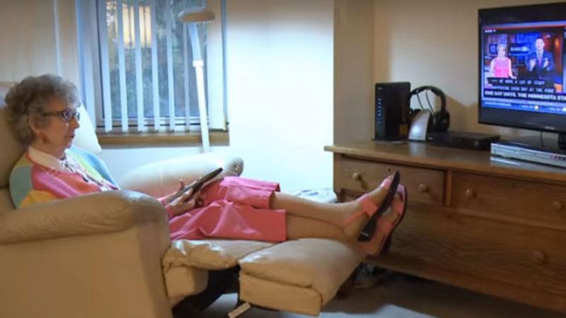 90-letnia przedszkolanka zobaczyła w TV swojego byłego podopiecznego. Dalszy ciąg wydarzeń wzrusza do łez